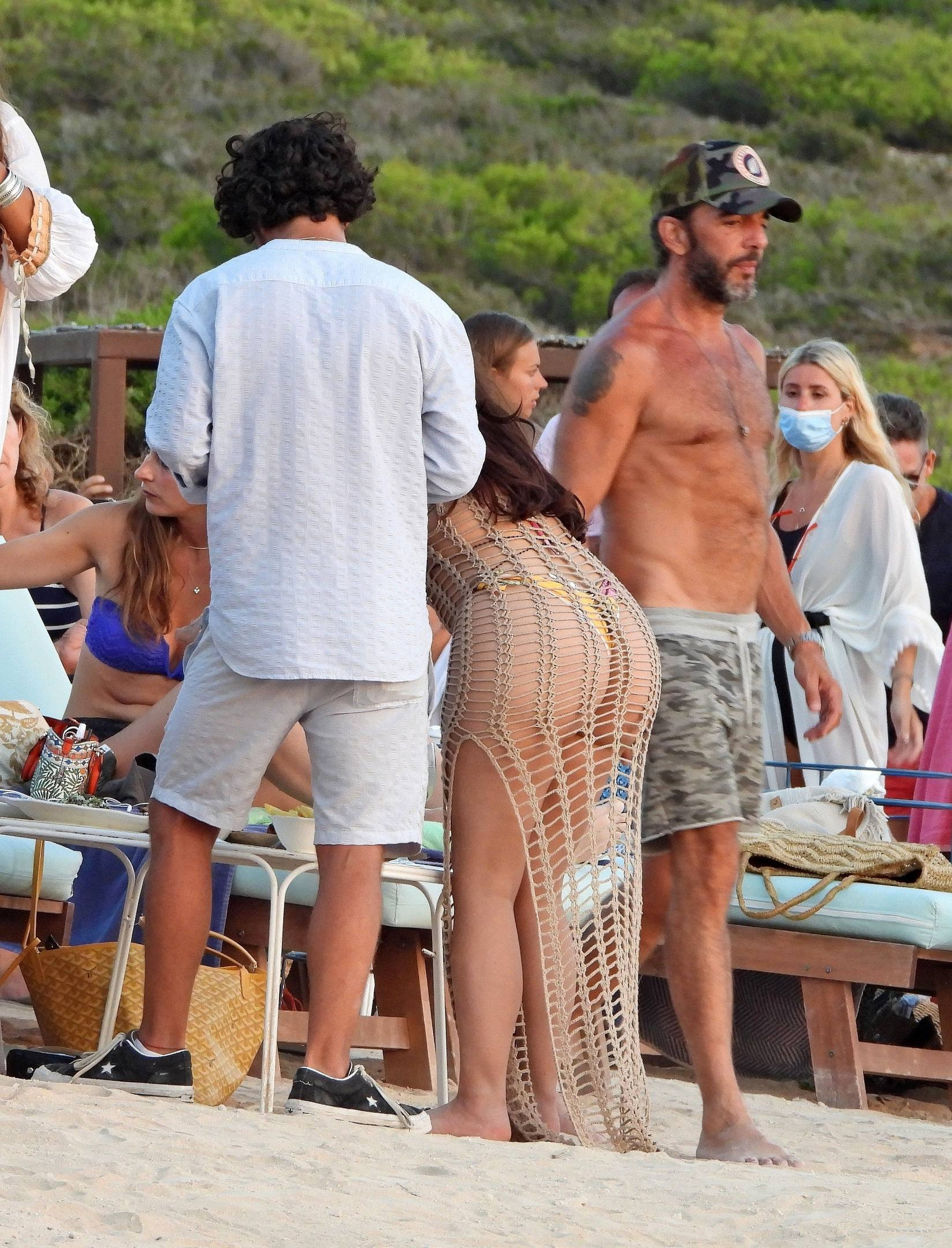 Demi Rose Mawby Hot Curvy Body