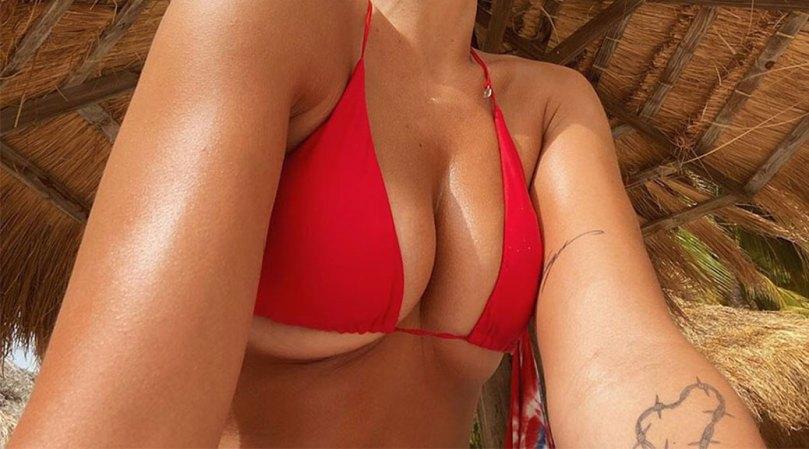 Dua Lipa Sexy Tits