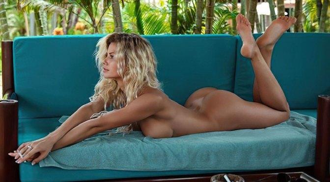 Natalya Krasavina – Beautiful Body in Naked Photoshoot (NSFW)