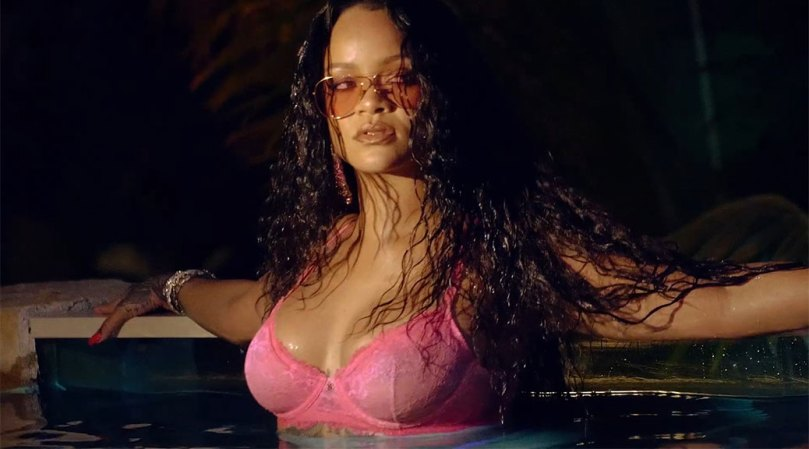 Rihanna Sexy Breasts