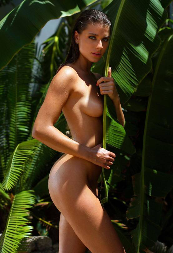 Stella Tiana Stegmann Naked