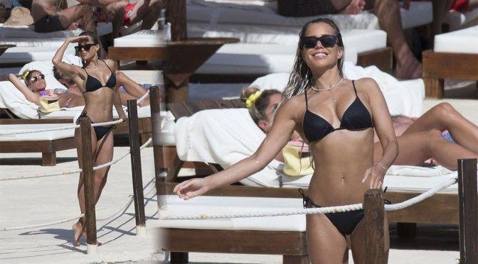 Sylvie Meis – Beautiful Body in Small Bikini in Mallorca