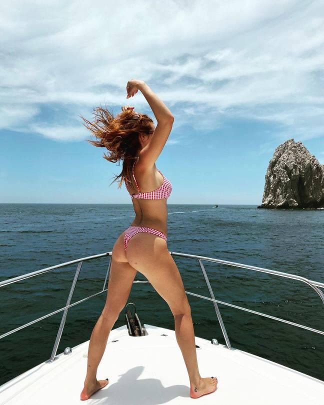 Bella Thorne Hot Ass In Bikini