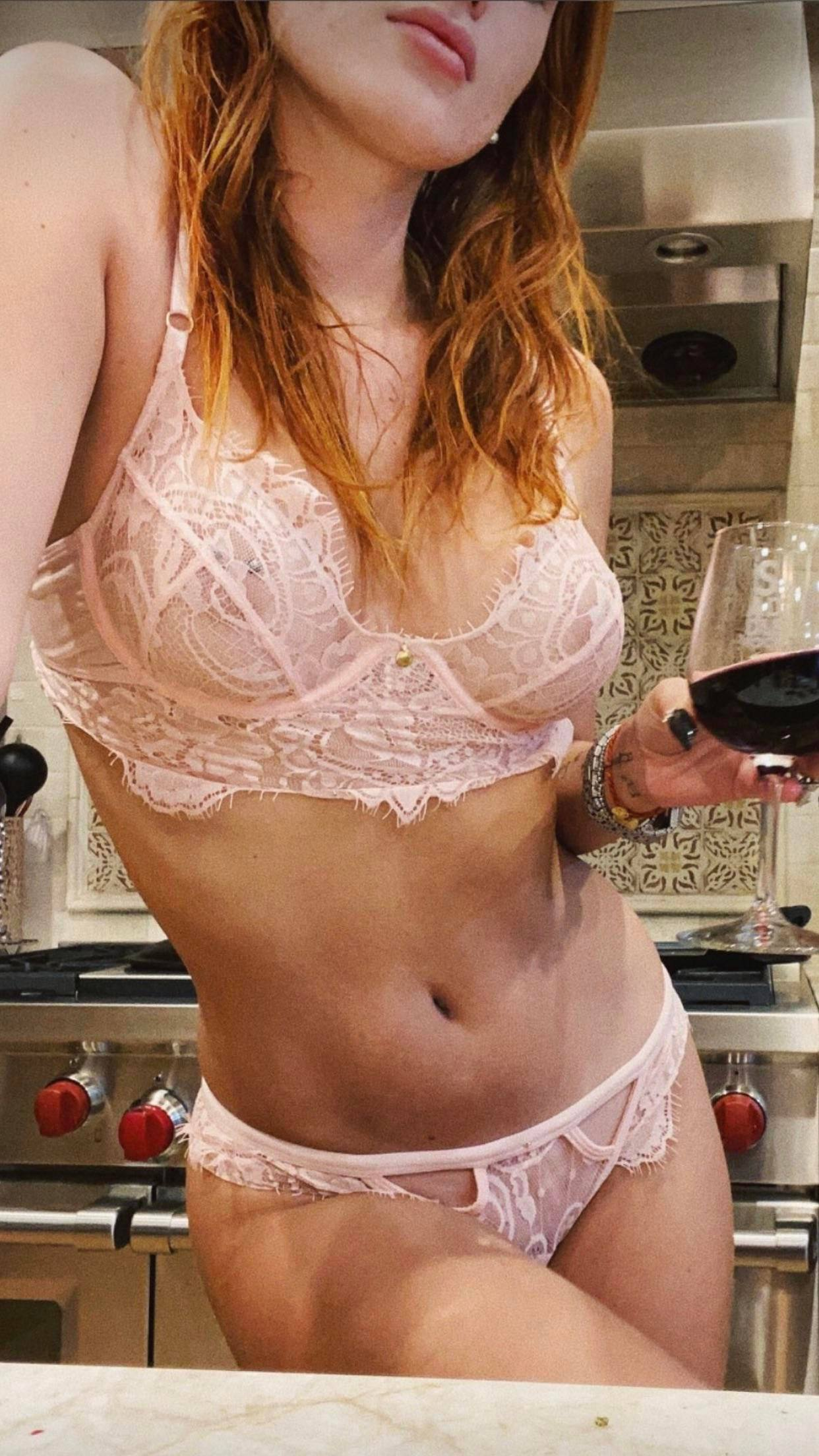 Bella Thorne Sexy Underwear
