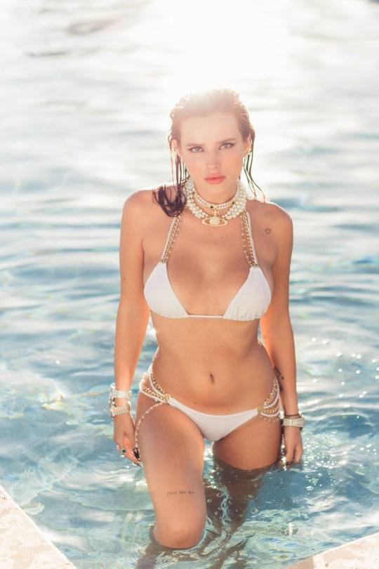 Bella Thorne Sexy In Bikini