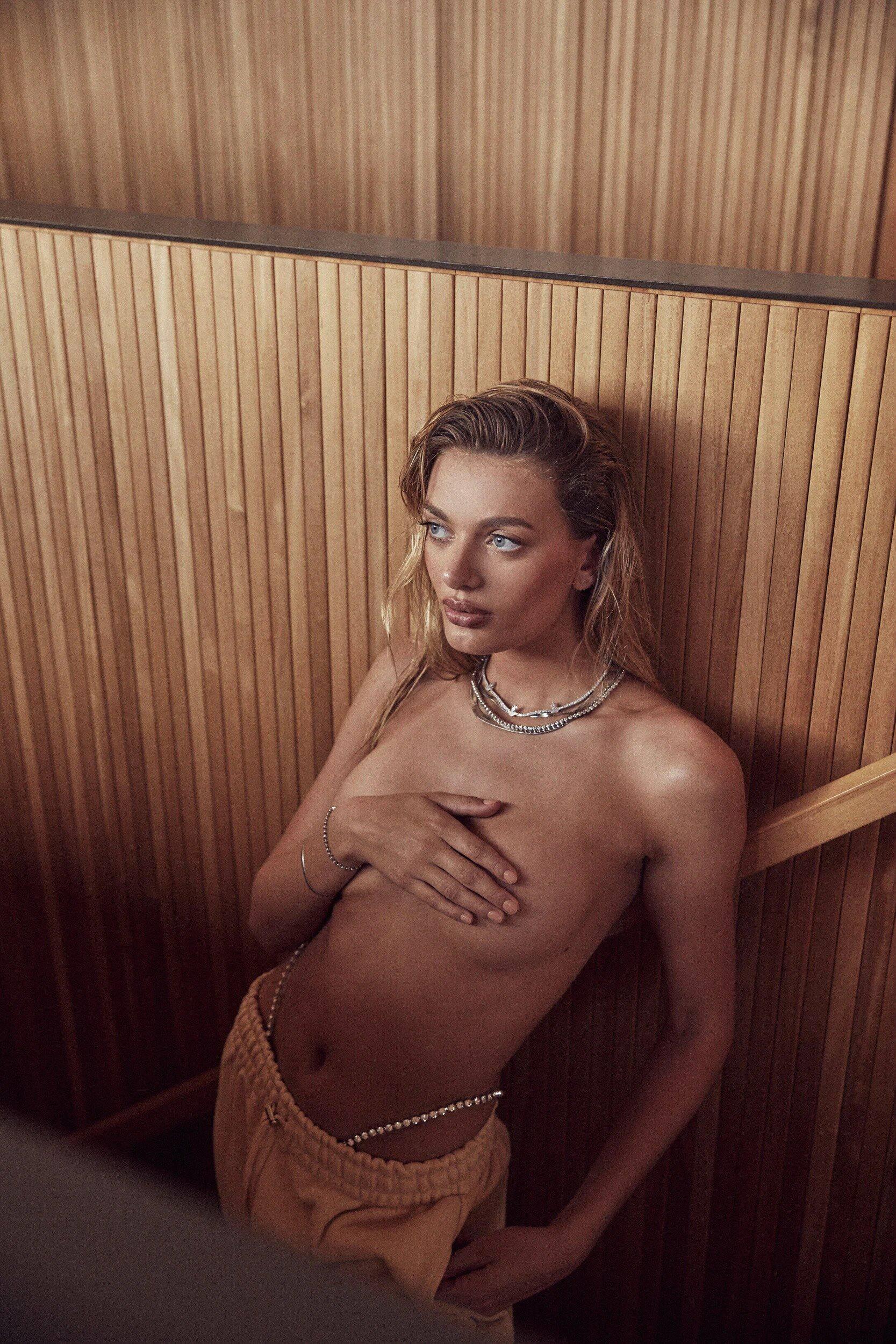 Bregje Heinen Sexy Lingerie