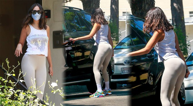 Eiza Gonzalez Beautiful Ass In Leggings