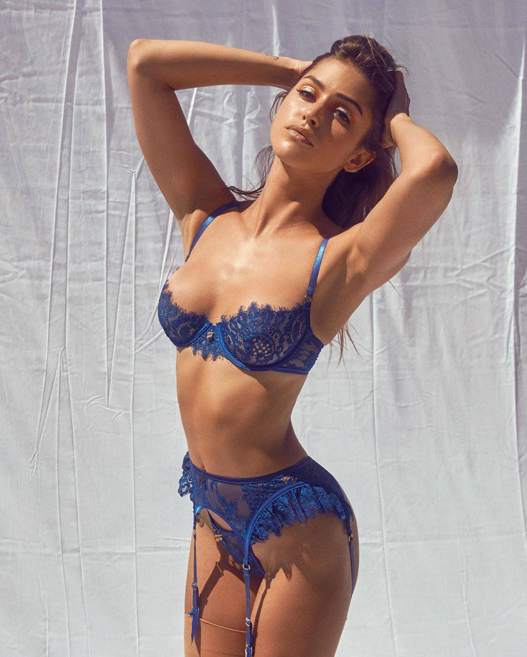 Gigi Paris Sexy In Blue Lingerie