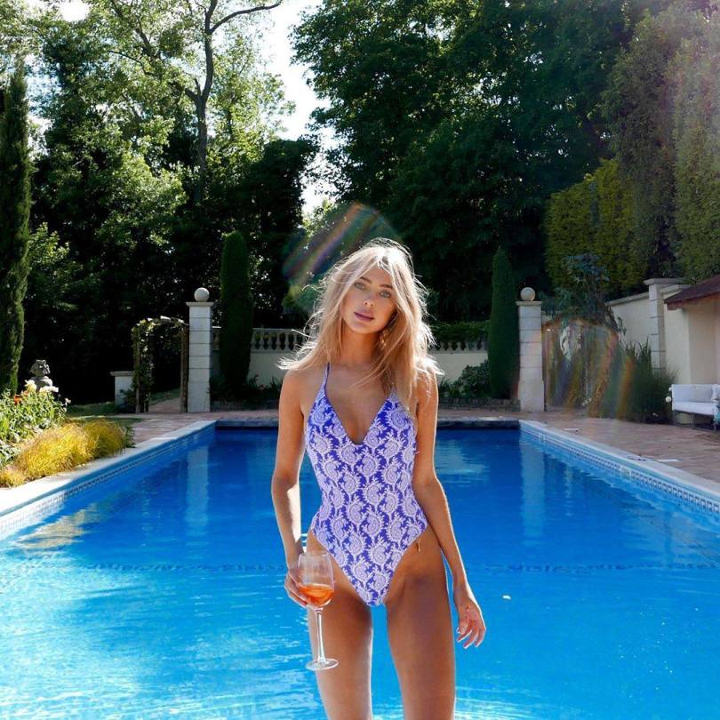 Kimberley Garner Beautiful By Pool