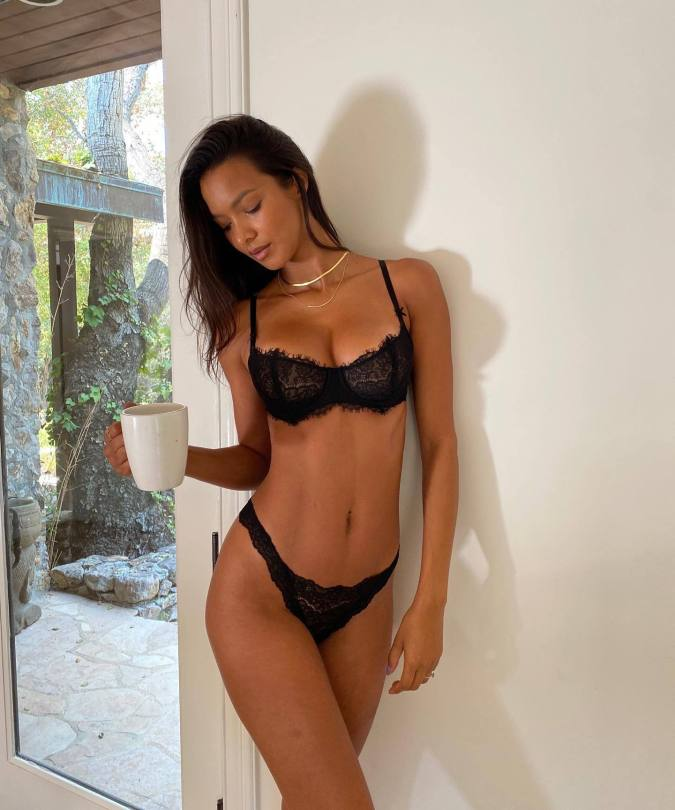 Lais Ribeiro Sexy In Black Lingerie