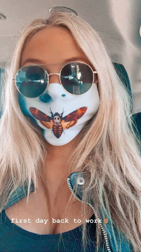 Natali Alyn Lind Sexy Cleavage