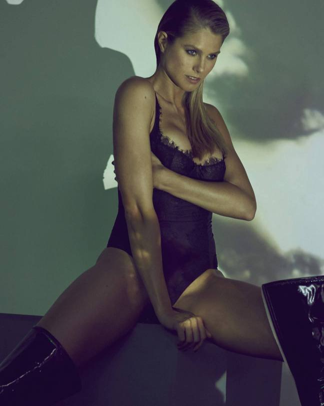 Natalie Jayne Roser Topless