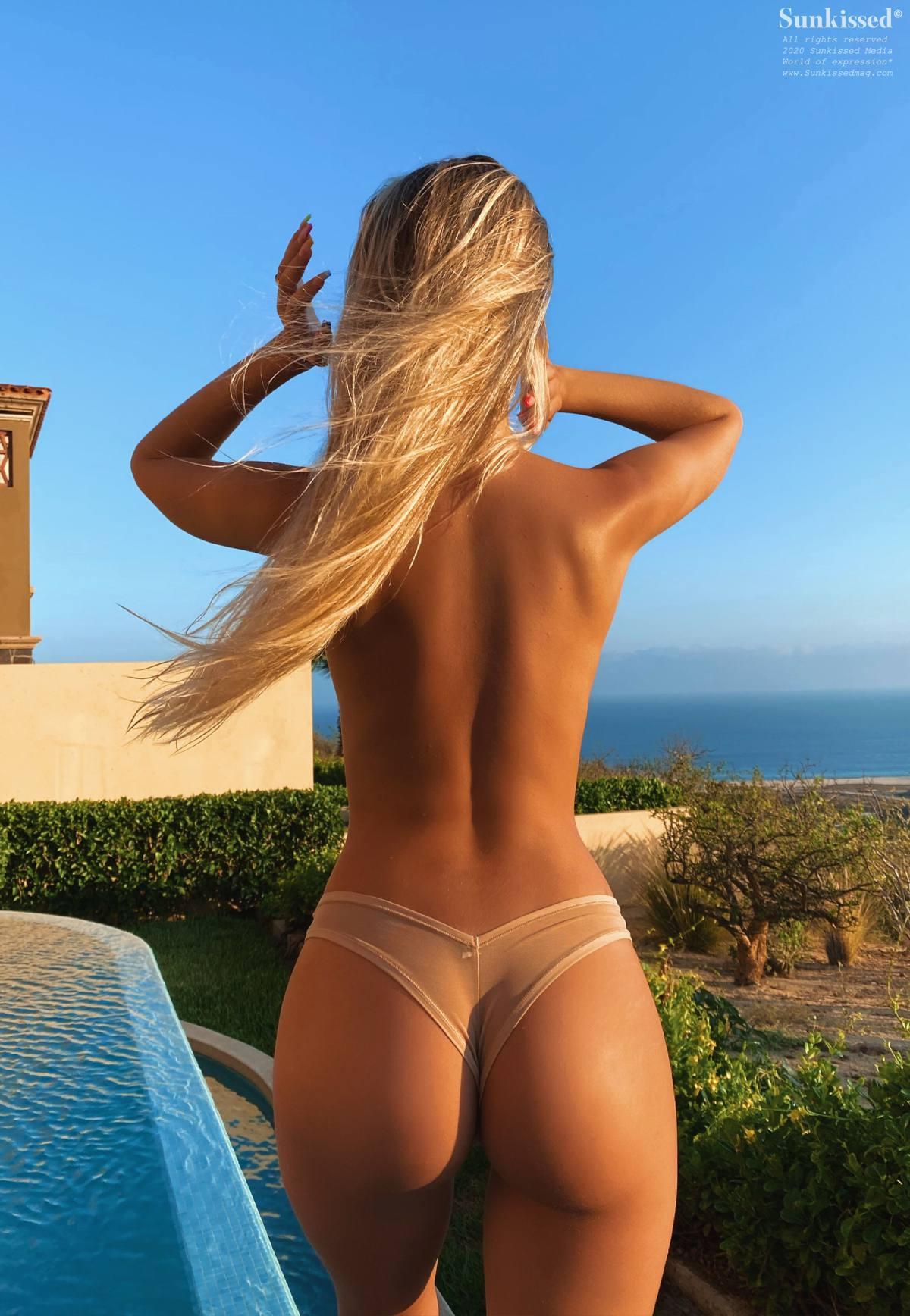 Polina Malinvxkaya Topless