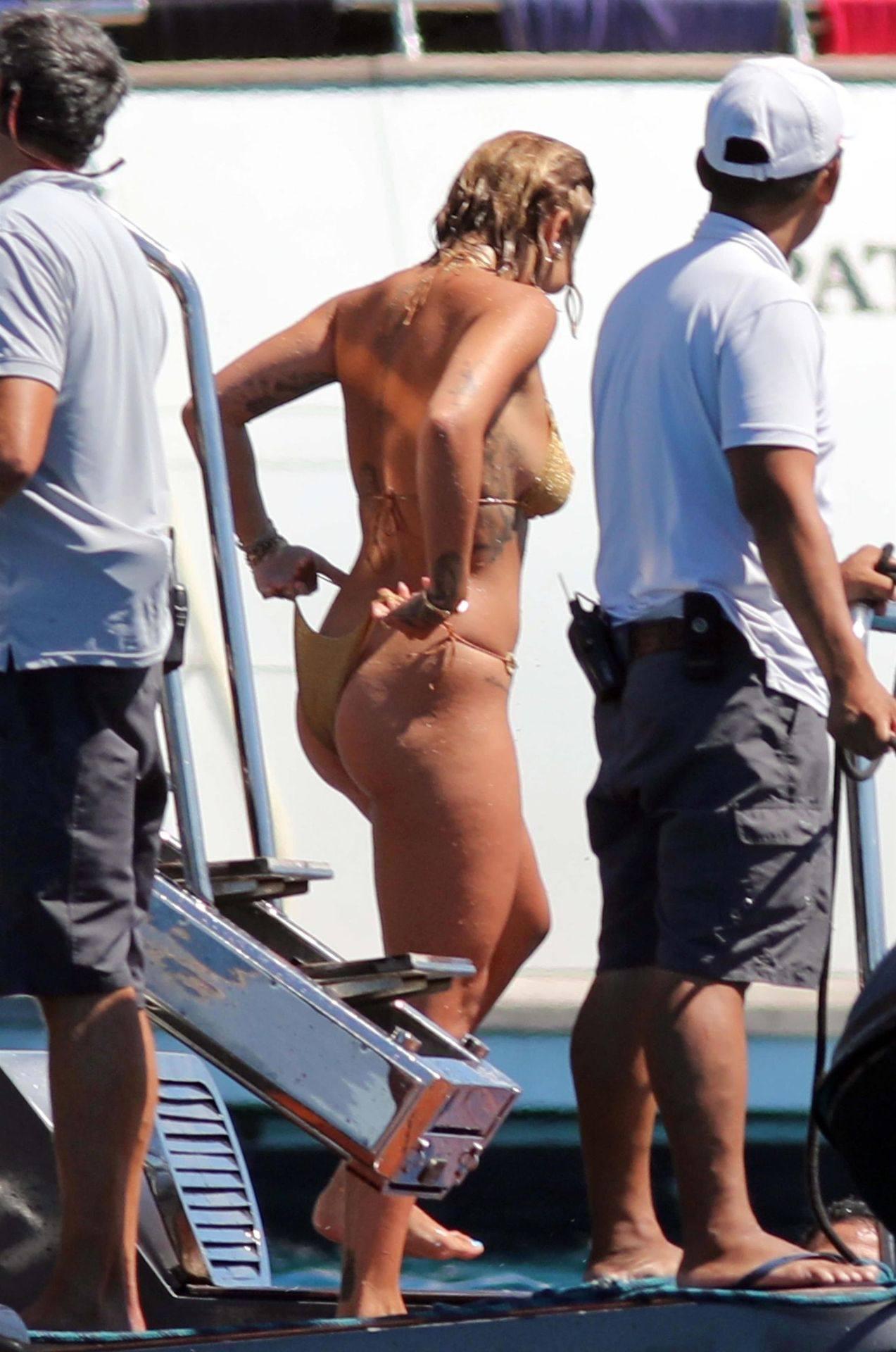 Rita Ora Beautiful Breasts