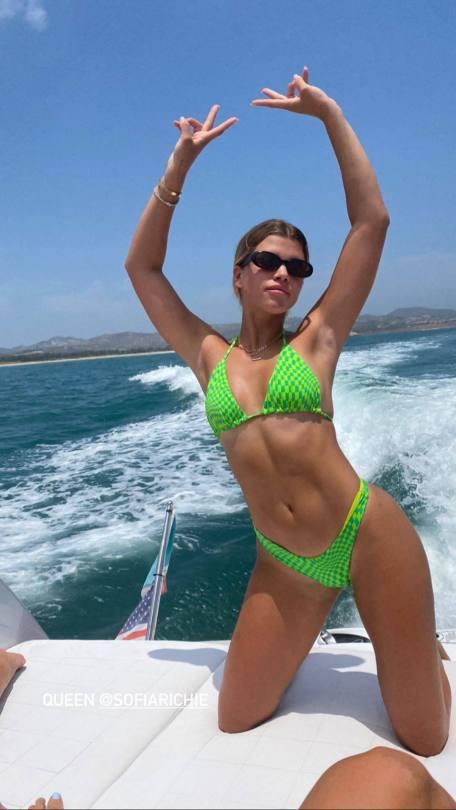 Sofia Richie Fantastic Body