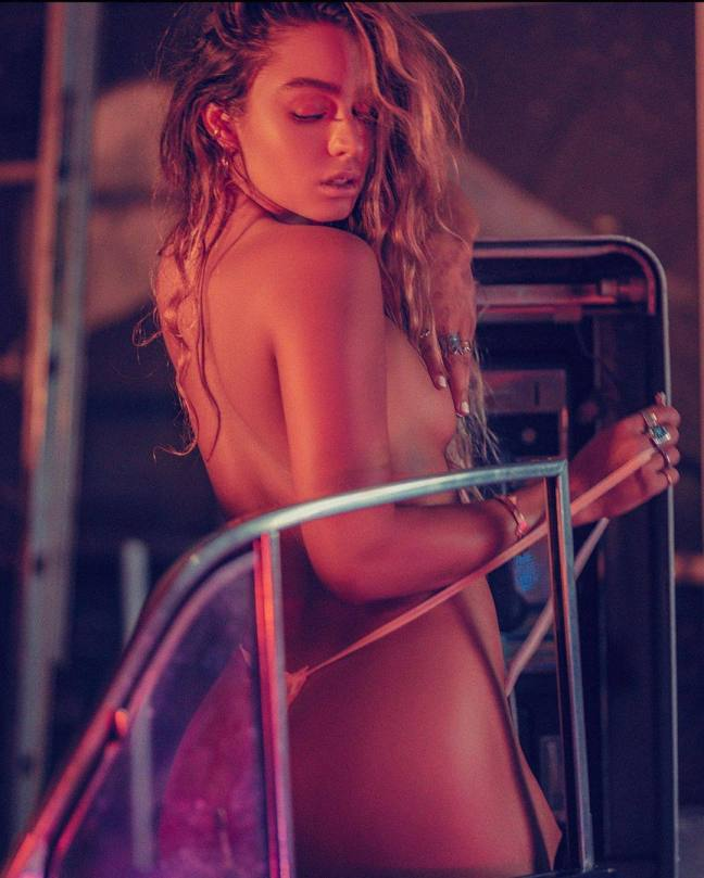 Sommer Ray Topless