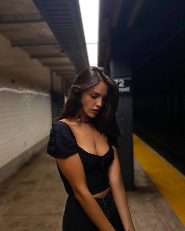 Eiza Gonzalez Beautiful Boobs