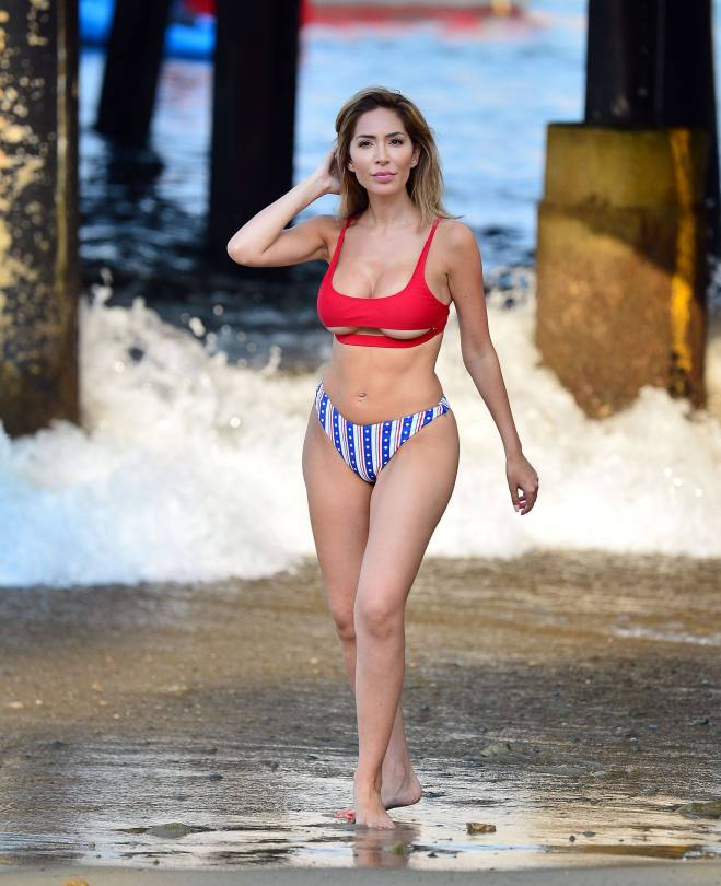 Farrah Abraham - Sexy Big Ass and Boobs in Bikini in Catalina Island