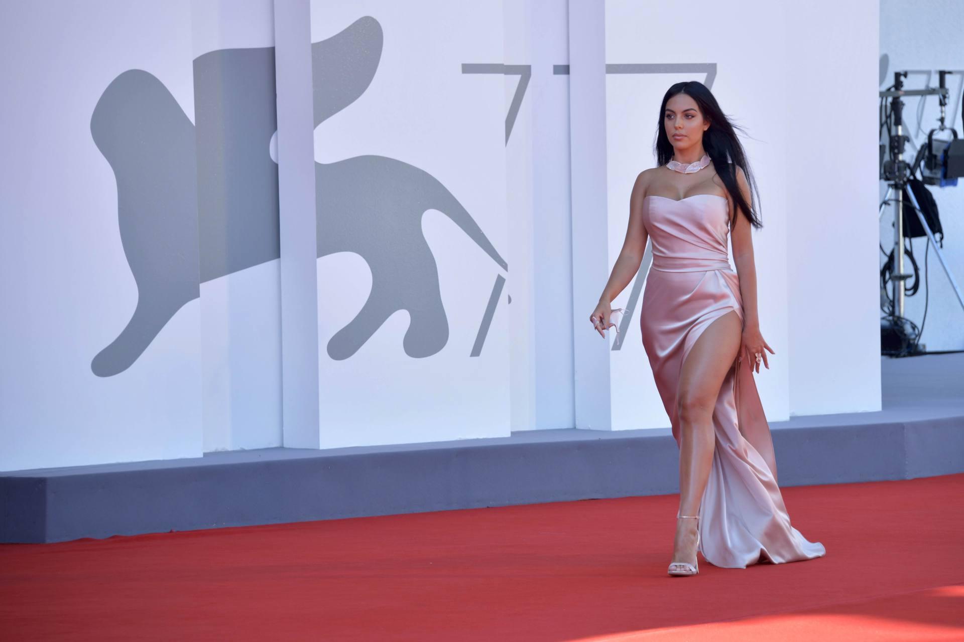 Georgina Rodriguez Sexy Revealing Dress