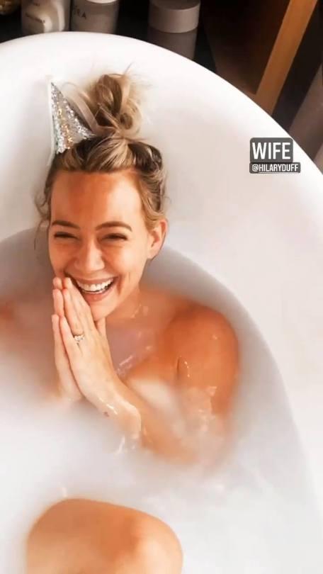 Hilary Duff Naked In Bath