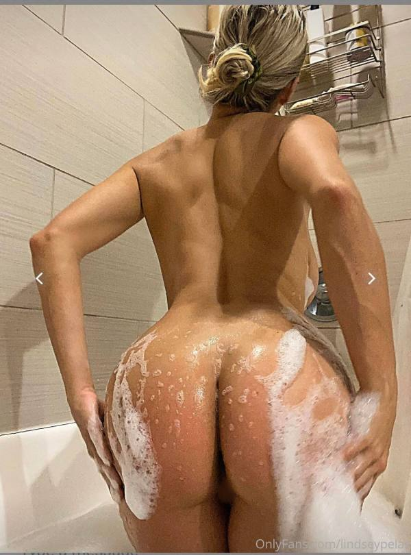 Lindsey Pelas Naked Ass And Censored Pussy