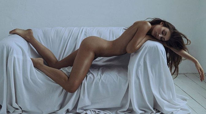 Lorena Rae – Beautiful Body in Naked Photoshoot by Lina Tesch