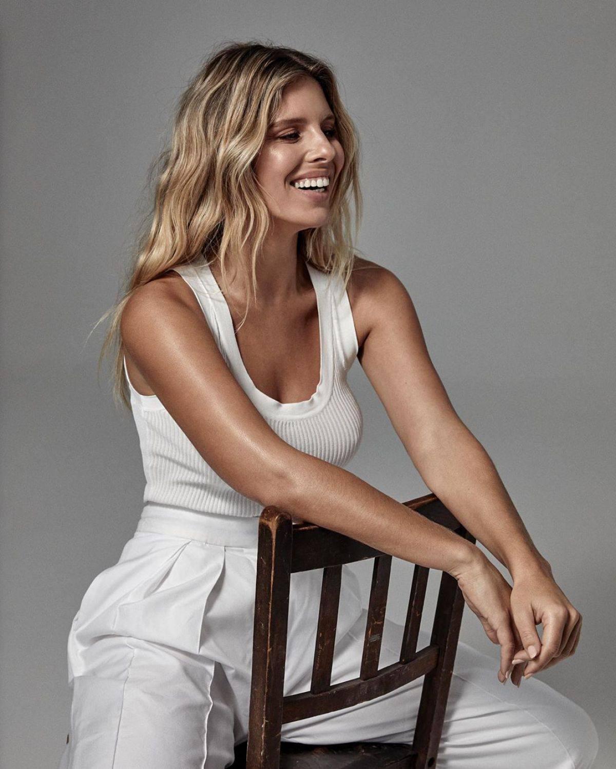 Natahsa Oakley Sexy In White