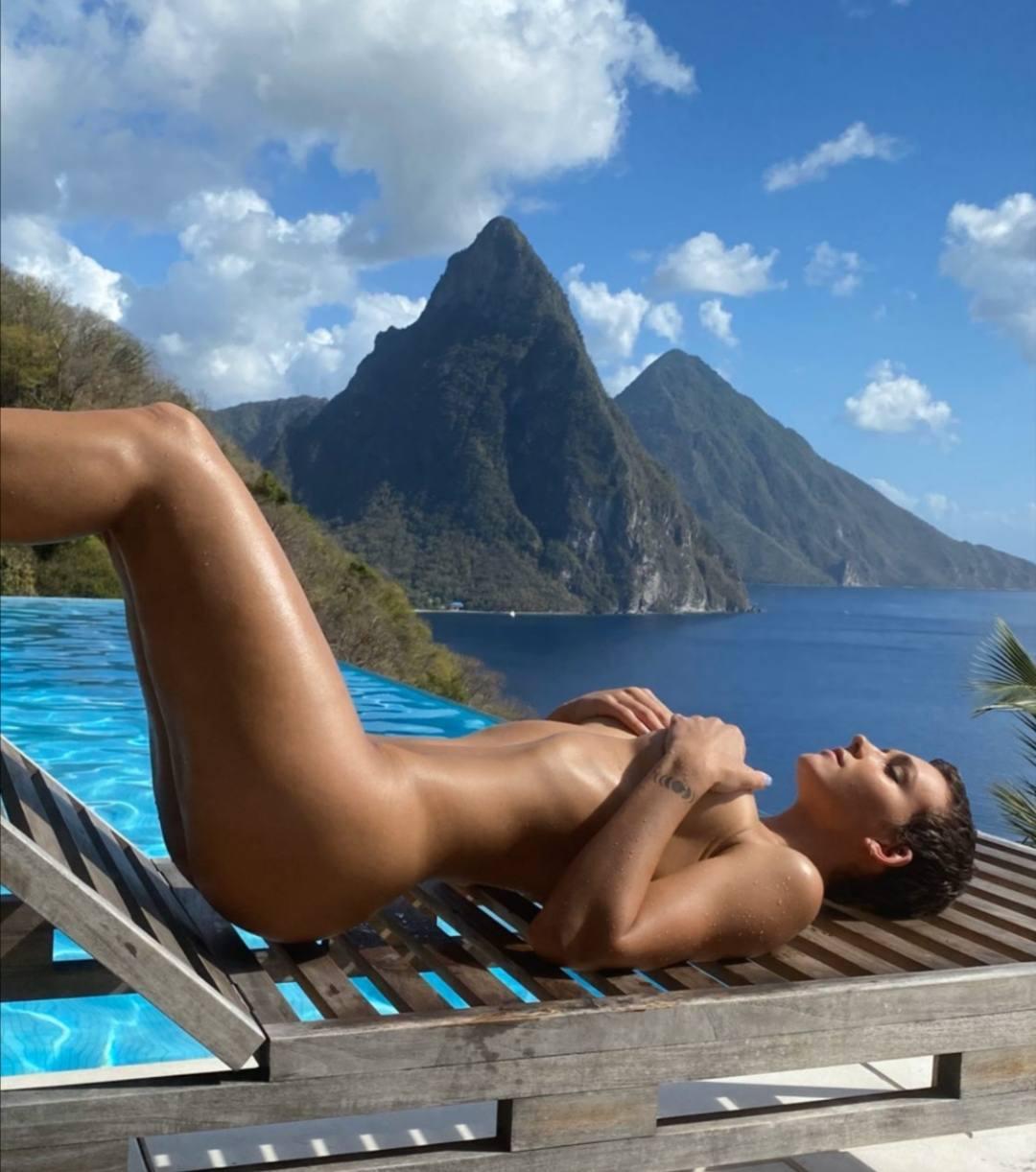 Rachel Cook Beautiful Naked Pic