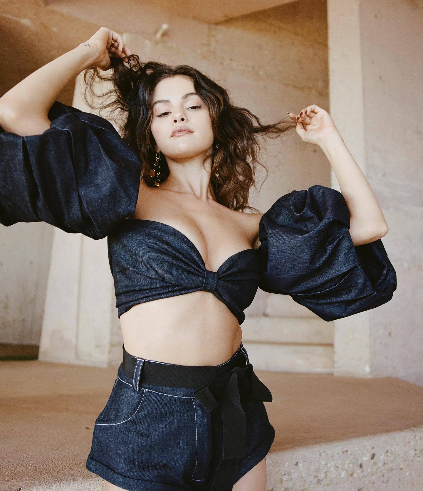 Selena Gomez - Beautiful Boobs in Sexy Photoshoot for