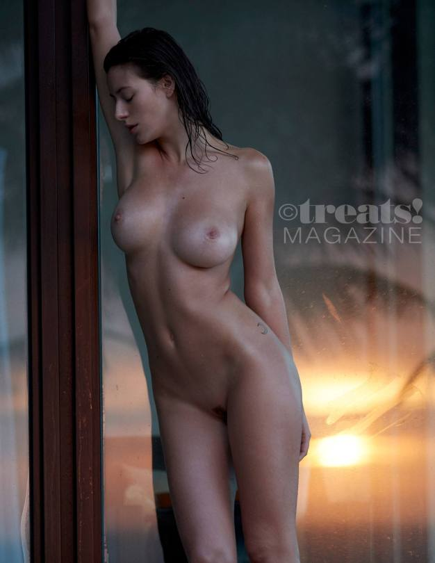 Alejandra Guilmant Nude Photos