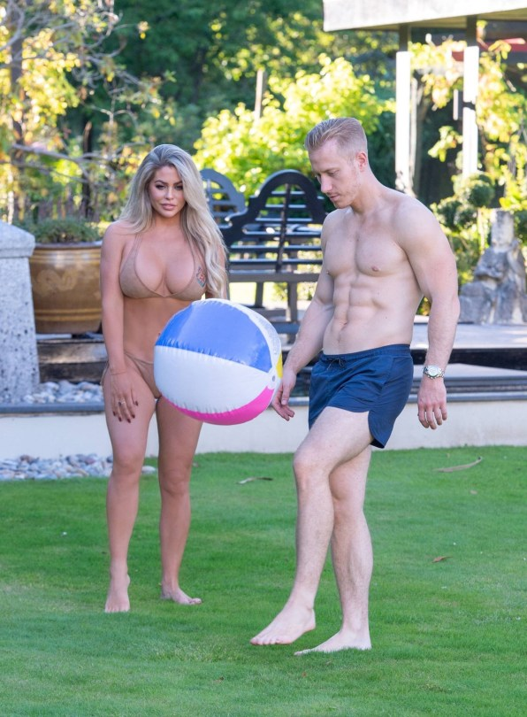 Bianca Gascoigne Hot Body In Bikini