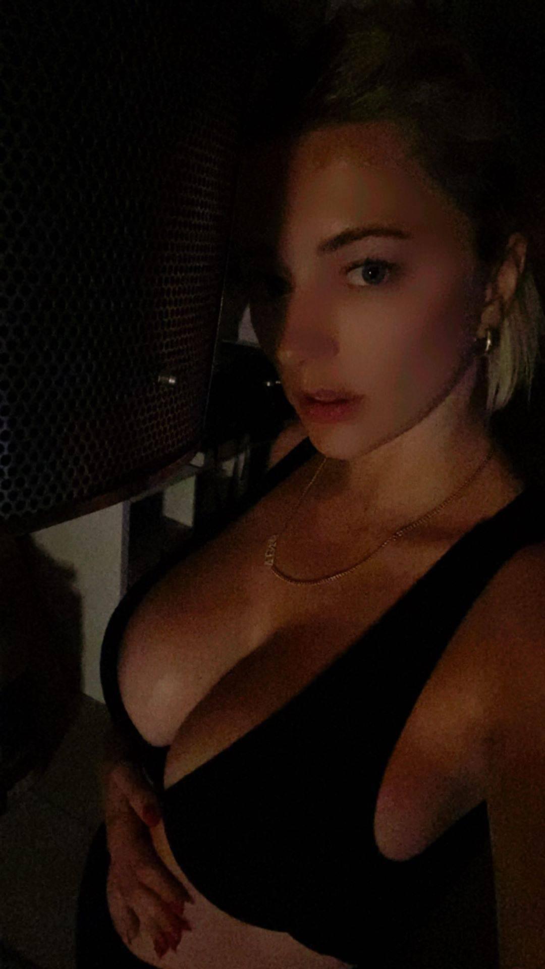 Caroline Vreeland Fantastic Tits