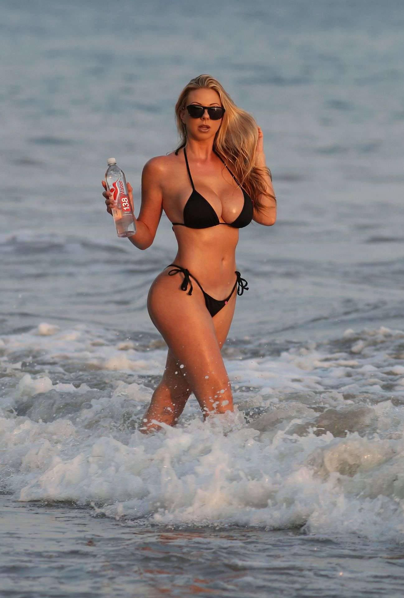 Elke Hanschke Boobs In Bikini