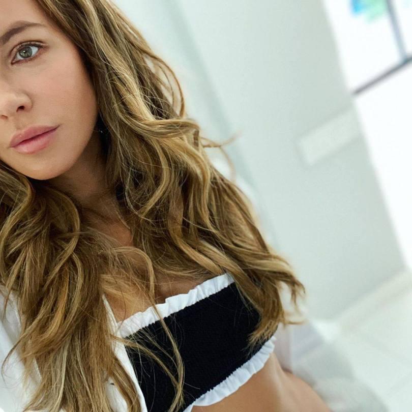 Kate Beckinsale Beautiful Selfie