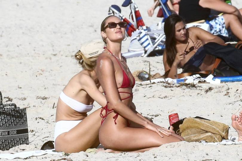 Candice Swanepoel Perfect Body