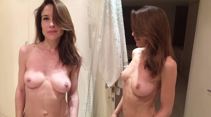 Claire Forlani – Beautiful Boobs in Sexy Topless Leaked Pictures (NSFW)