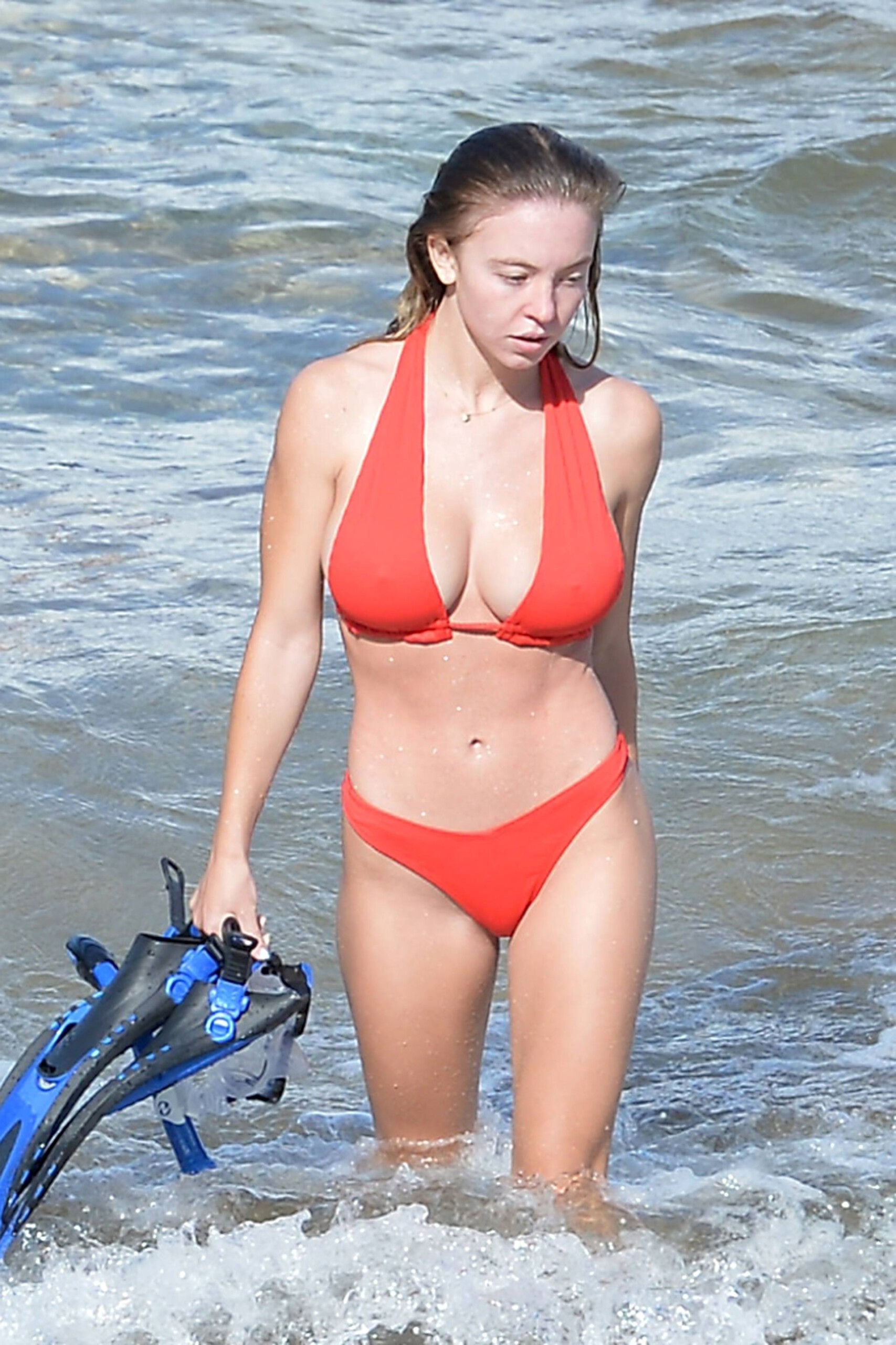 Sydney Sweeney - Sexy Boobs and Ass in a Tiny Bikini on