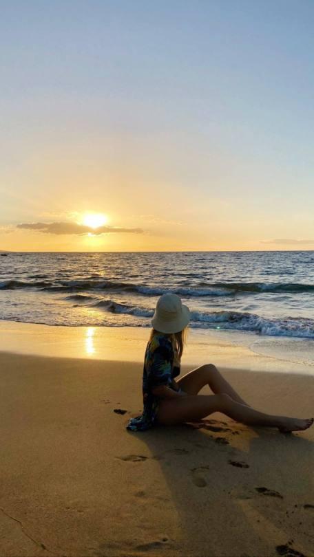 Sydney Sweeny At Beach