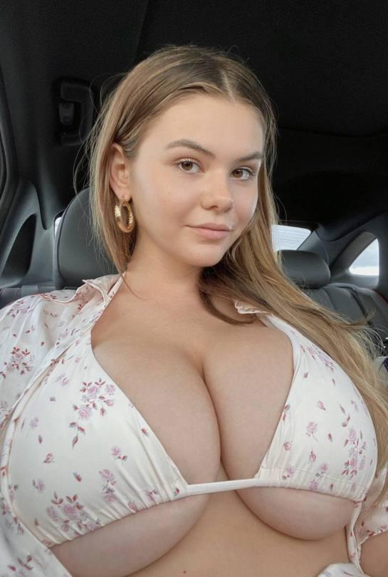 Ashley Tervort Huge Boobs