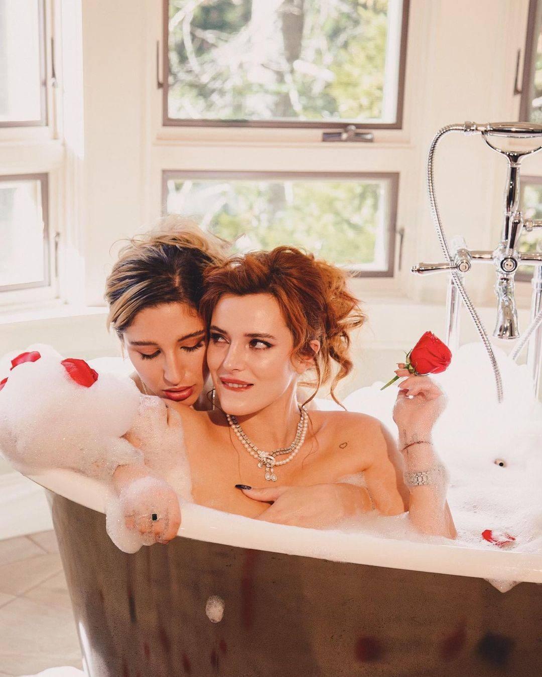 Bella Thorne In Bathtub