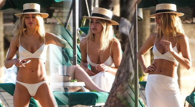 Kimberley Garner – Sexy Body in a bikini in Barbados