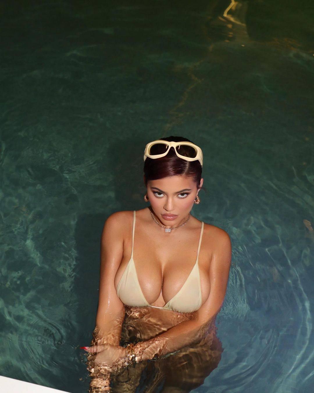 Kylie Jenner Beautiful Big Boobs