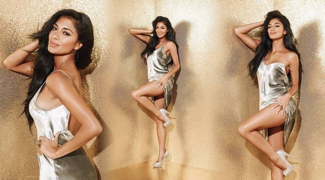 Nicole Scherzinger – Sexy Legs in a Beautiful Revealing Dress