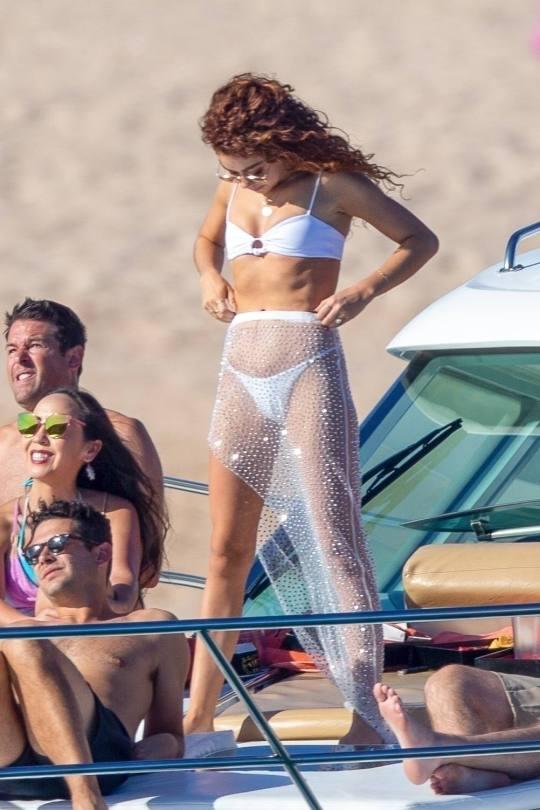 Sarah Hyland In Tiny White Bikini