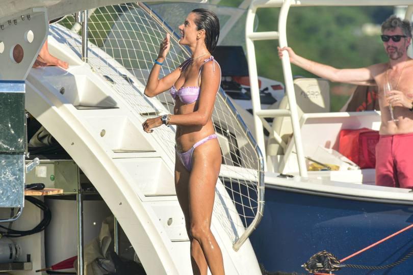 Alessandra Ambrosio In Small Bikini