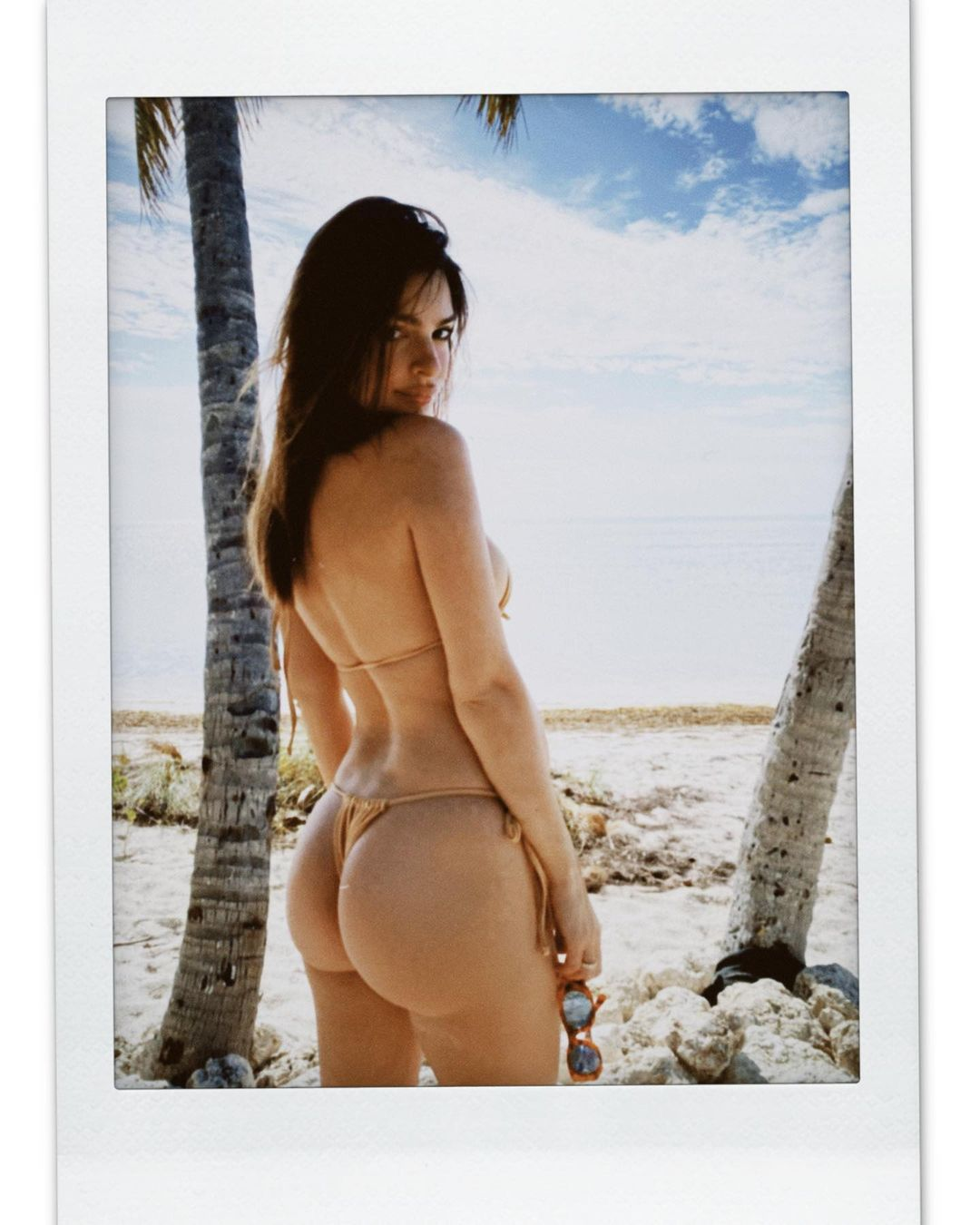 Emily Ratajkowski Big Ass In Thong Bikini