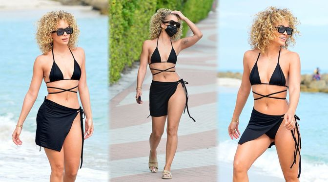 Jasmine Sanders – Gorgeous Body in Black Bikini on the Beach in Miami
