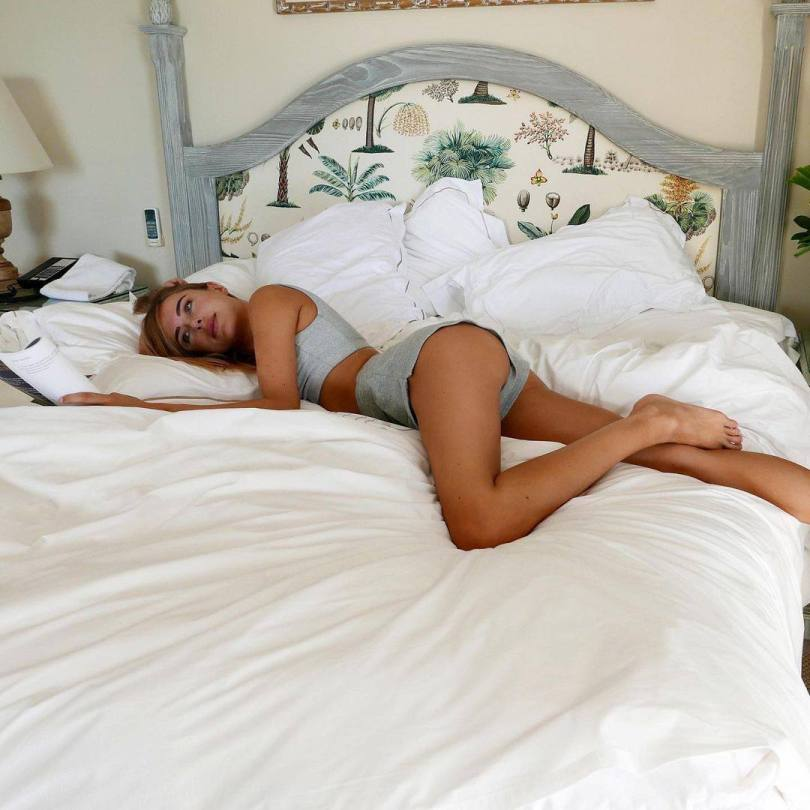 Kimberley Garner Sexy In Bed