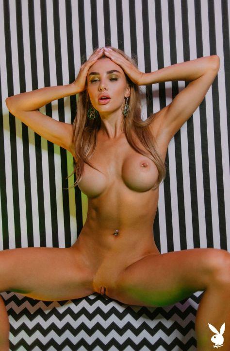 Miss Kenzie Anne Naked