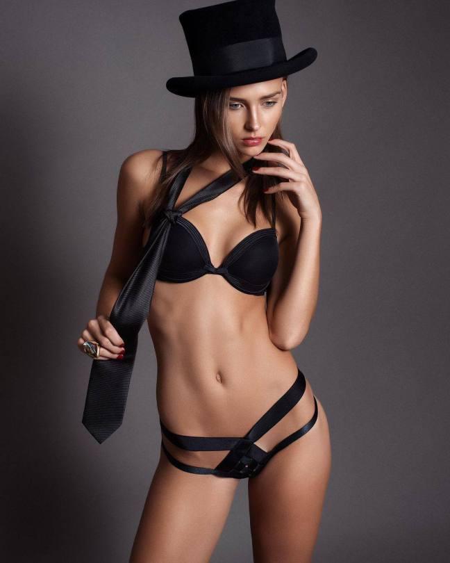 Rachel Cook Sexy In Black Lingerie
